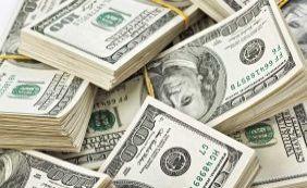 Dólar fecha em baixa de 0,17%, a R$ 3,95 para venda