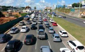 Semáforo quebrado na LIP requer atenção dos motoristas; confira o trânsito