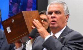 Otto diz que foi pego de surpresa com saída de Araújo do PSD