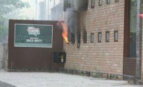 Gerente ainda não sabe causa de incêndio e Cantina Volpi é vistoriada