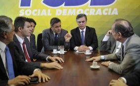 """Maduro classifica como""""manobra midiática"""" ação de senadores brasileiros"""