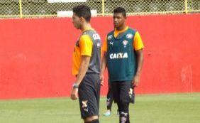 Vitória relaciona 20 jogadores para enfrentar o Paysandu; confira