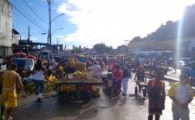 Trânsito é complicado nas imediações da Feira de São Joaquim