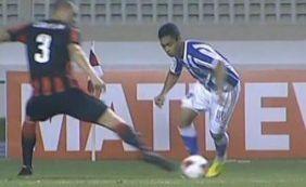 Vitória abusa de perder gols e sofre derrota no fim para o Paysandu