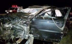 Cantor Cristiano Araújo morre em grave acidente de carro