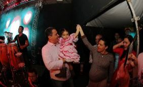 Filha de Rui Costa nasce na madrugada e governador cancela agenda em Cachoeira