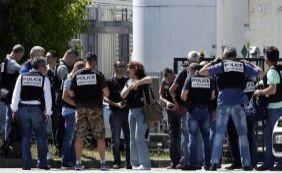 Atentado na França deixa um morto e dois feridos; suspeito foi detido