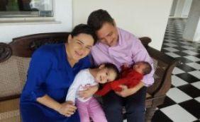 Primeira-dama do Estado e filha recém-nascida deixam hospital