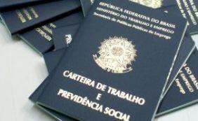 Analistas afirmam que Brasil deve perder 1 milhão de vagas com carteira em 2015