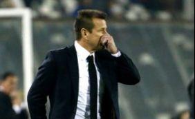 Após eliminação, presidente da CBF garante Dunga como treinador da seleção