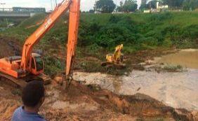 Trânsito segue complicado com obras e buracos em Pirajá