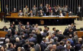 Veja como deputados baianos votaram sessão sobre a maioridade penal