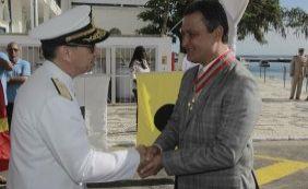 Rui Costa é condecorado pela Marinha durante comemorações do Dois de Julho