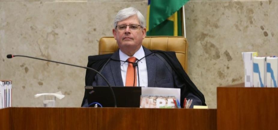 Investigações da Lava Jato comprovam acusações de delator contra Temer, diz Janot