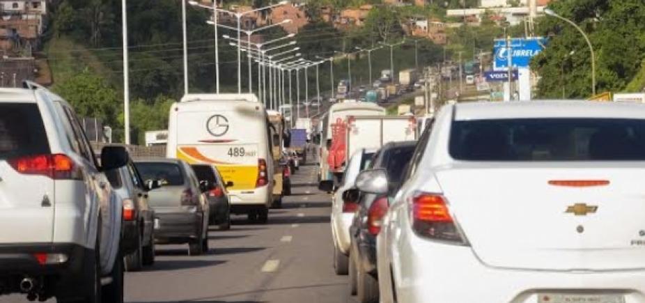 Carreta quebrada em São Caetano já congestiona até a Estrada de Campinas