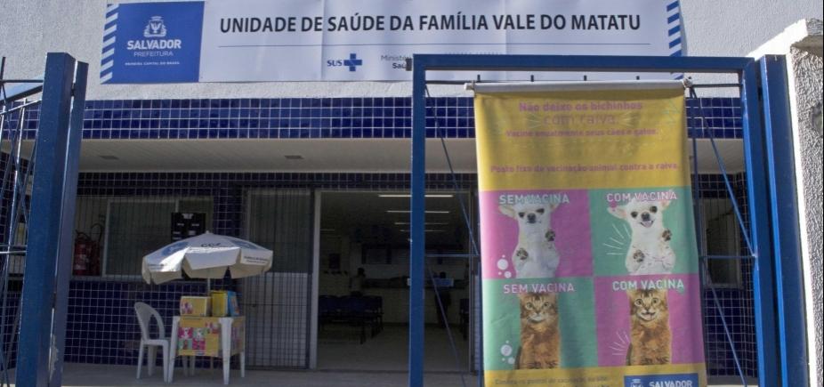 Campanha do Centro de Zoonoses vacina gratuitamente cães e gatos de Salvador contra raiva