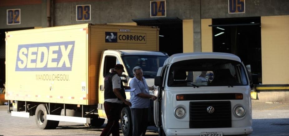 Ministro diz que governo estuda privatizar Correios