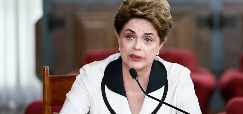 Dilma diz a Lula que não pretende concorrer a cargo nenhum em 2018