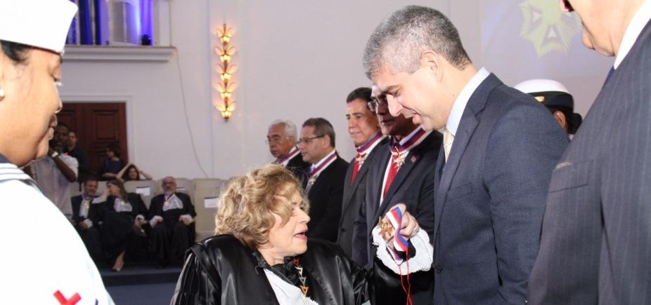 Secretário da Segurança Pública da Bahia recebe Comenda do Mérito Judiciário