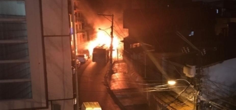 Suspeito de incendiar ônibus em Tancredo Neves é detido