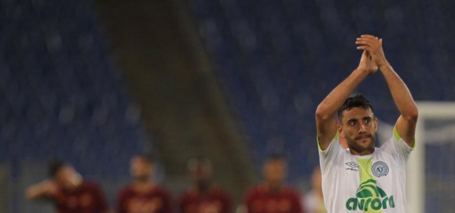 Sobrevivente de acidente da Chape marca primeiro gol após voltar ao futebol