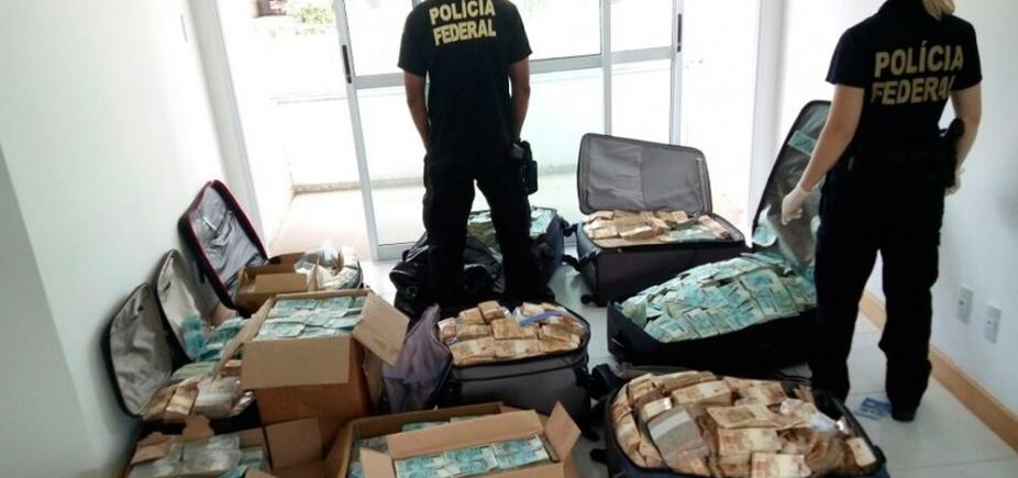 """Malas de dinheiro são encontradas em """"bunker"""" que seria de Geddel em Salvador"""