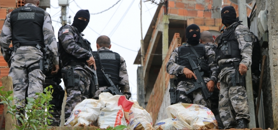 Ação policial apreende quatro toneladas de maconha em Salvador e Lauro de Freitas