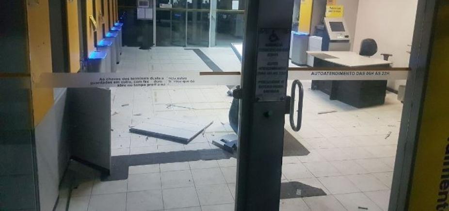 Bandidos explodem caixa eletrônico do Banco do Brasil em Coité