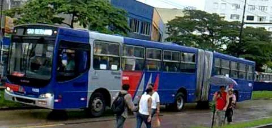 Aposentado é preso após ejacular em passageira de ônibus em São Paulo