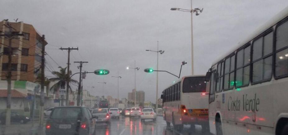 Tempo permanece nublado e pode chover neste final de semana em Salvador