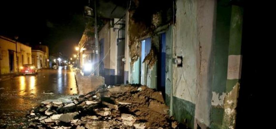 Sobe para 58 número de mortos em terremoto no México