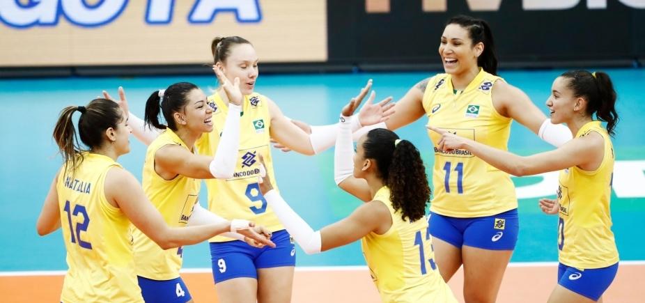 Brasil vence EUA por 3 sets a 0 e conquista medalha de prata na Copa dos Campeões