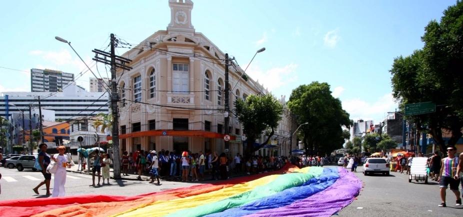 Com quase 900 mil pessoas, Parada Gay é finalizada sem registro de crimes violentos letais