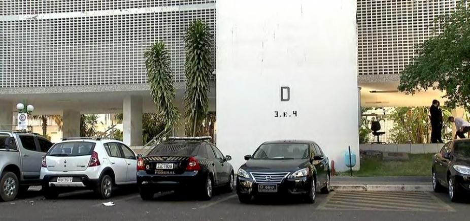 Polícia Federal cumpre mandado de busca no apartamento do ministro da Agricultura