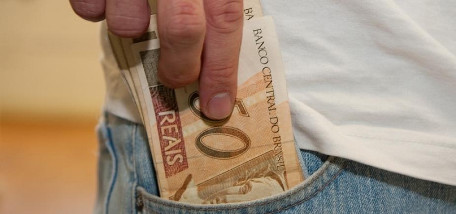 Trabalhadores nascidos em setembro já podem sacar até R$ 937 do abono; entenda