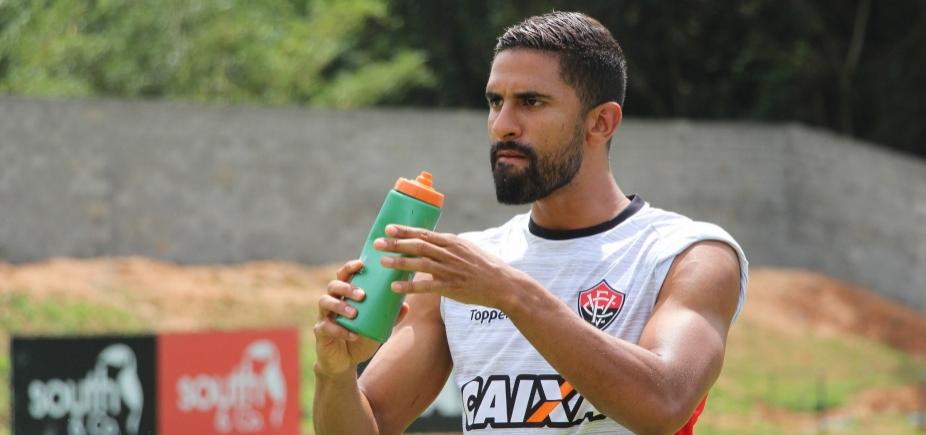 Trelléz volta a treinar, mas segue como dúvida contra o São Paulo