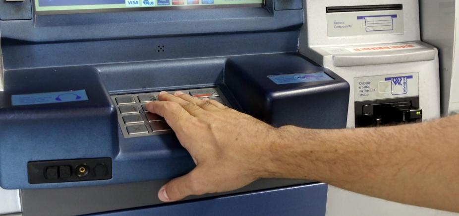 Codecon autua onze agências bancárias de Salvador