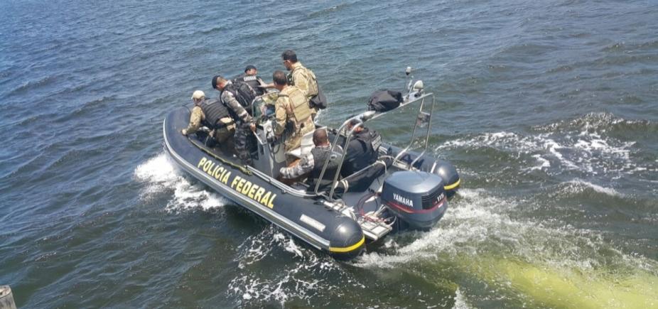 Operação policial apreende armamento pesado com estrangeiro em Maraú