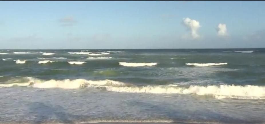 Corpo de jovem que se afogou na praia de Amaralina é encontrado