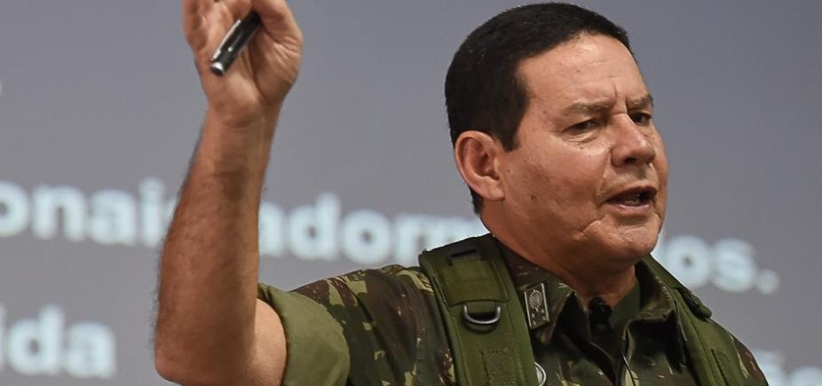 """General do Exército ameaça """"intervenção militar"""" se """"Judiciário não solucionar problema político"""""""