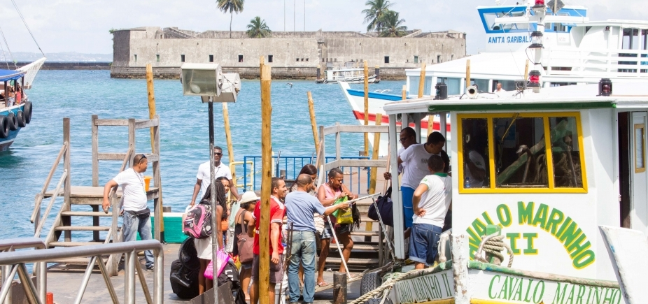 Suspensa por maré baixa, travessia Salvador-Mar Grande retorna às 10h30
