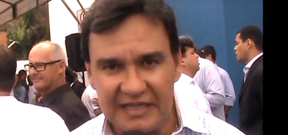 Prefeito anuncia Sosthenes Macedo para o lugar de Gustavo Ferraz, agora preso, na Defesa Civil
