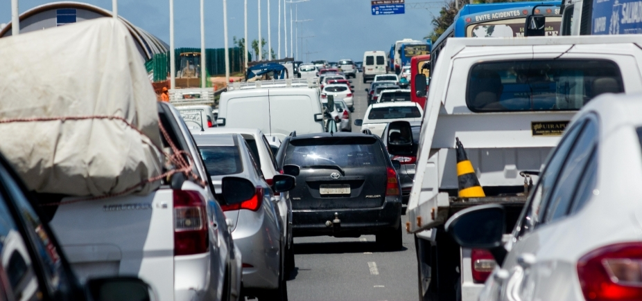Soteropolitano perde mais de seis dias no ano preso no engarrafamento