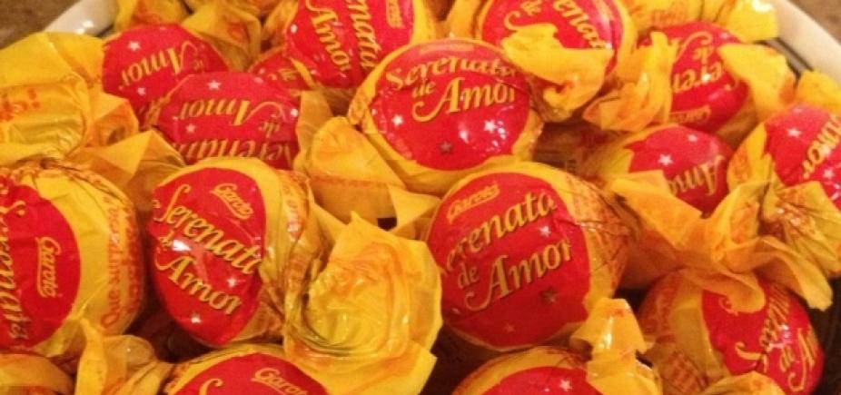 Nestlé e Garoto anunciam fim da produção dos bombons Serenata de Amor e Chokito