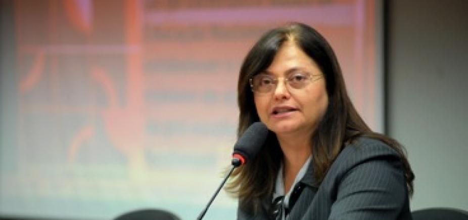 "Alice Portugal diz estar ""convicta"" de que a Câmara acate denúncia contra Temer"