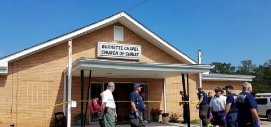 Estados Unidos: oito pessoas ficam feridas em tiroteio em igreja