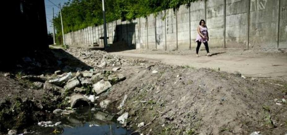 45% dos brasileirosnão têm acesso a serviço adequado de esgoto, diz pesquisa
