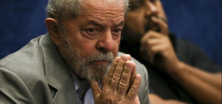 Defesa de Lula apresentou recibos com datas inexistentes, diz jornal