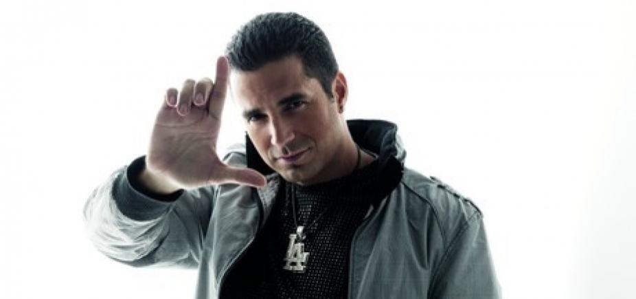 Justiça decreta prisão preventiva do cantor Latino por não pagar pensão alimentícia, diz jornal