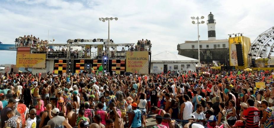 ʹCircuito da Barra virou mercado de carneʹ, diz Netinho sobre Carnaval